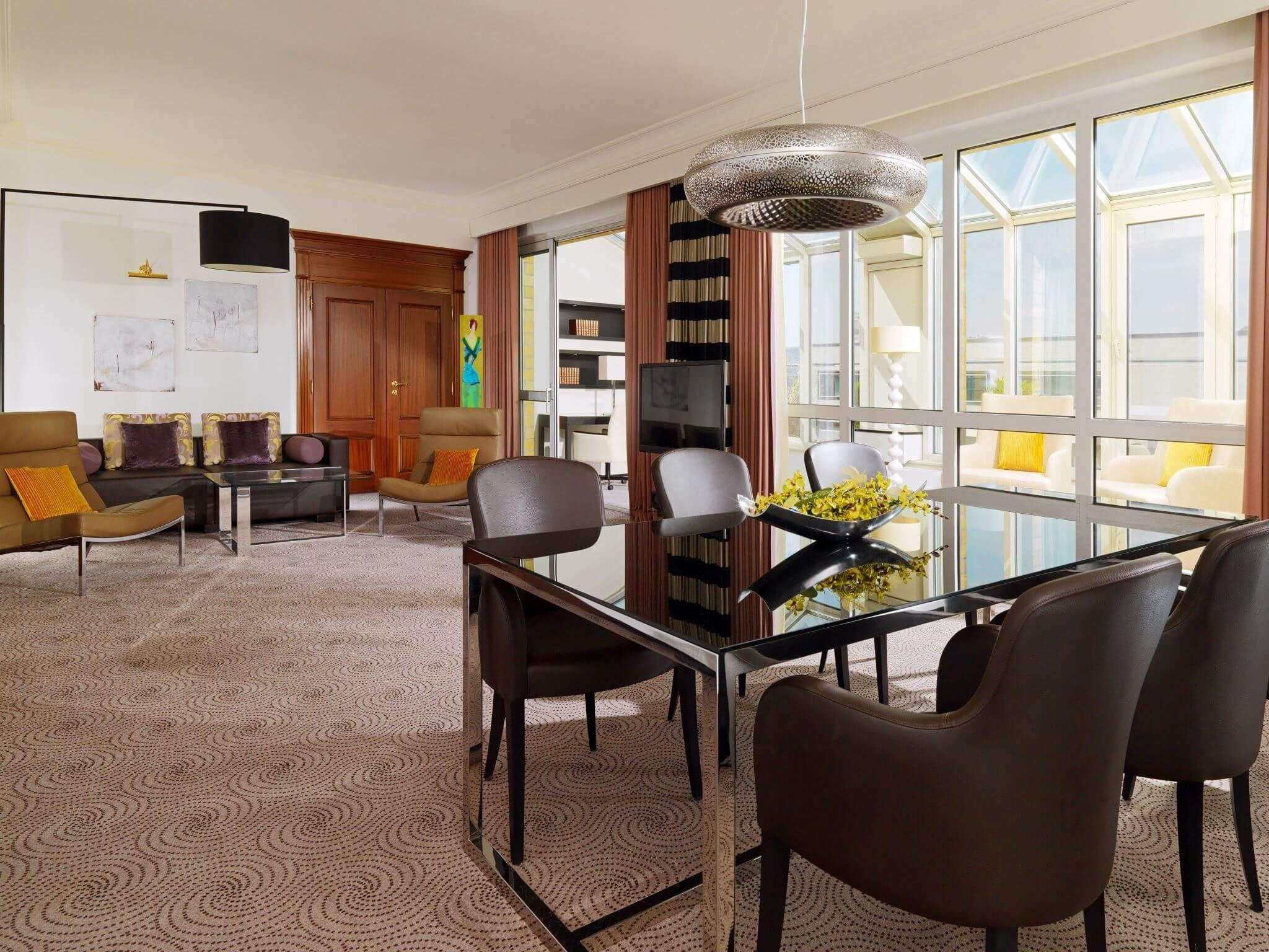 Hotel Suite Stuttgart: Diplomatic Suite at Le Méridien